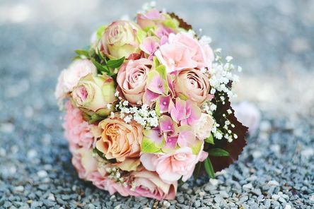 bouquet-2513555__480.jpg