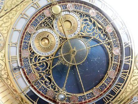 clock-2050857__480.jpg