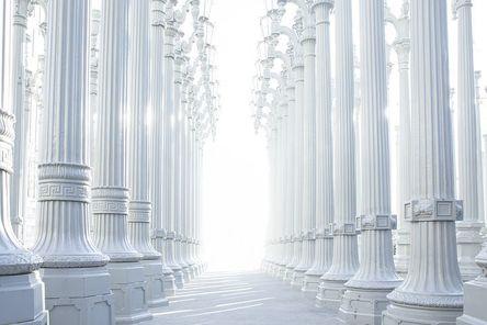 columns-801715__480.jpg