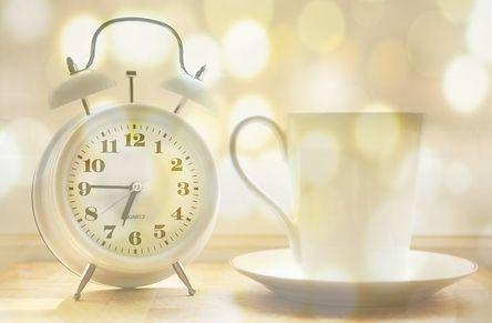 alarm-clock-2132264__480.jpg