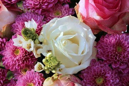 bouquet-1166157__480.jpg