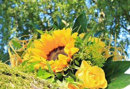 bouquet-1632776_1280.jpg