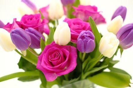 bouquet-3158349__480.jpg