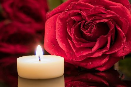 candle-2288531__480.jpg