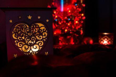 christmas-1050965__480.jpg
