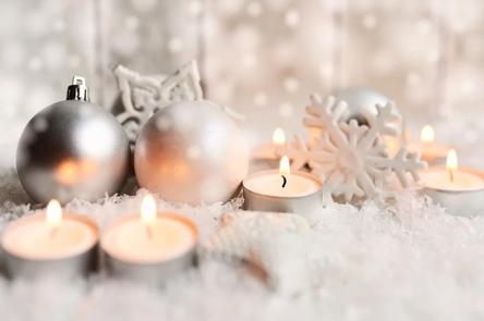 christmas-4646451_1280~2.jpg