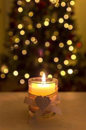 christmas-candle-1900641__480.jpg
