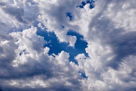 clouds-4328583__480.jpg