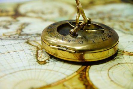 compass-429772__480.jpg