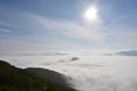 sea-of-clouds-891036_1280.jpg