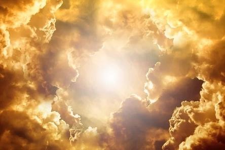 sky-3335585__480~2.jpg