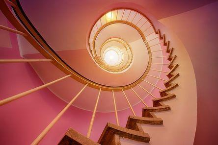 stairs-3112405__480.jpg