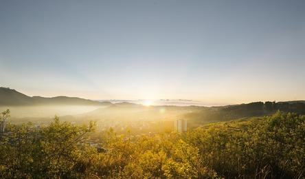 sunrise-2667456_1280.jpg