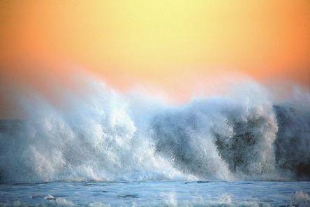 the-pacific-ocean-2591897__480.jpg