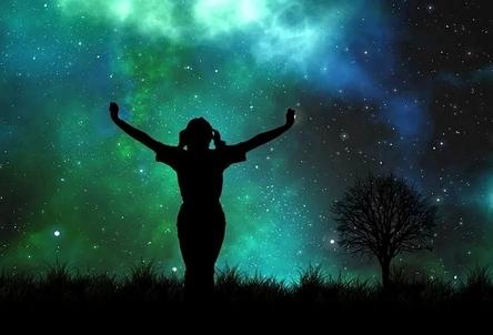 universe-1044106__480~2.jpg